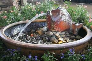 010-Fontaine-fish-pond